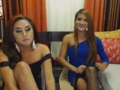 Fabulosa escena transexual con Webcam, escenas de Mamadas,