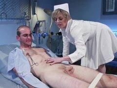 El dolor y el placer son la mezcla sexual favorita para la cachonda Dee Williams-Dee Williams,Jonah Marx