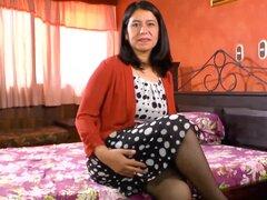 LatinChili Super caliente Latina madura consiguió desnudo, caliente madura mostrando cuerpos latinos desnudos y jugar con juguetes de encontrar este video en nuestra red Oldnanny.com