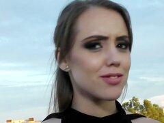 PropertySex - chica española caliente folla a América en busca de apartamento de alquiler